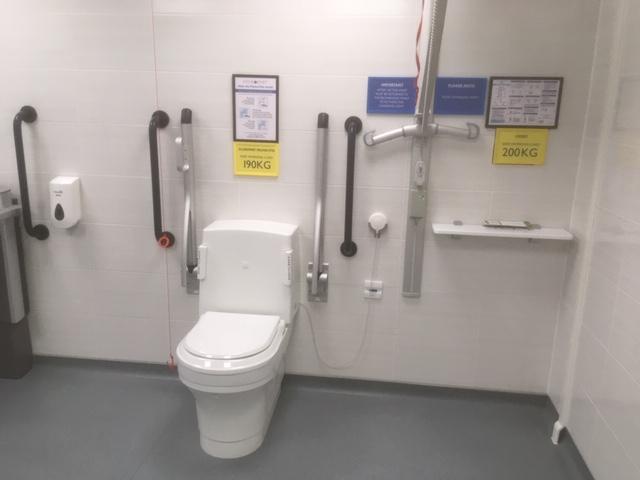 Peninsular Toilet